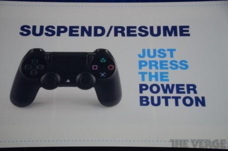 PS4s nye DualShock4-kontroll får en egen Share-knapp, pluss en egen resume-knapp gjør det mulig å pause/gjenoppta spill umiddelbart.