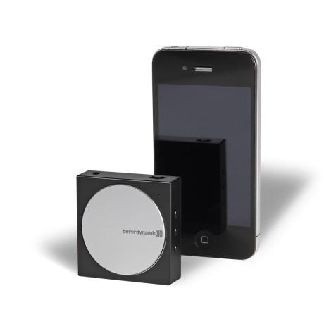 Forsterkeren er vesentlig mindre enn en iPhone 5, og veier bare 55 gram.
