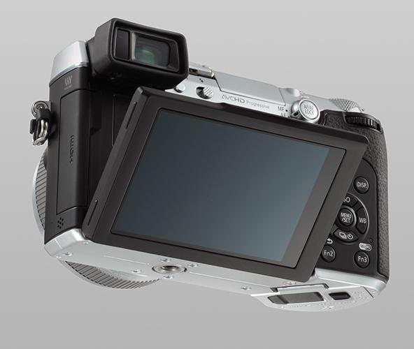GX7s_back_slant_LCD_2