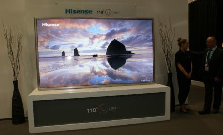 110-tommers 4K-TV fra kinesiske Hisense. Dessverre kun for det amerikanske markedet.