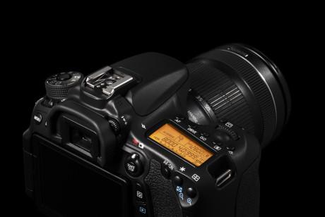 Canon kan dette. Det merkes godt på hvor gjennomført alt er på kameraet, som har forbilledlig betjeningsvennlighet.