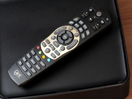 Helt grei fjernkontroll, som også kan prigrammeres til å styre det viktigste på tv-en
