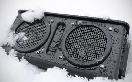 Air Raid snow