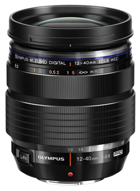 Et nytt zoomobjektiv finnes også til E-M1. Zuiko 12-40mm f2,8, er også værtettet, og kan kjøpes separat eller sammen med kameraet.