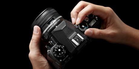 Den sorte utgaven av Nikon Df, er kanskje den lekreste, med klassisk betjening akkurat slik mange liker det.