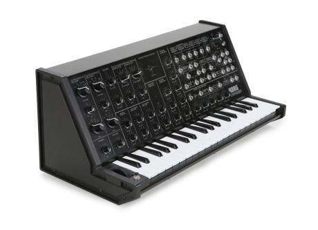 For et år siden overraskede Korg alle ved at bygge en nøjagtig kopi af MS-20, blot i formindsket størrelse.