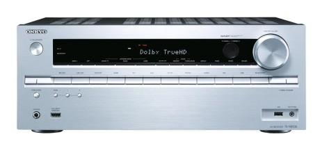 TX-NR636, her i sølv, er verdens første receiver som støtter fremtidige Hollywood-utgivelser i 4K.