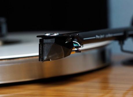 Ortofon-2M-Silver-PU