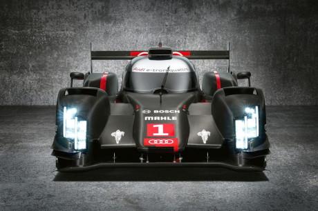 Audi-R18-e-tron-Quattro-Laser-Headlights-0