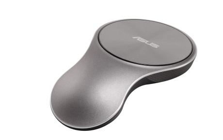 VivoMouse kunne vært en rekvisitt fra Star Trek. Den brukes både på et bord og fritt i luften.