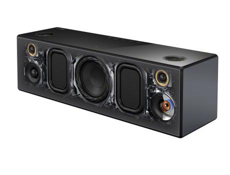 Dypere bass takket være to passive radiatorer på hver sin side av basselementet. Superdiskanter over mellomtoneelementene og dessuten på topplata gir luftigere lyd.