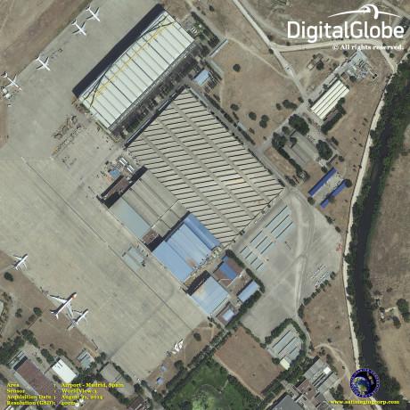 Flyplassen i Madrid, Spania. Foto: DigitalGlobe
