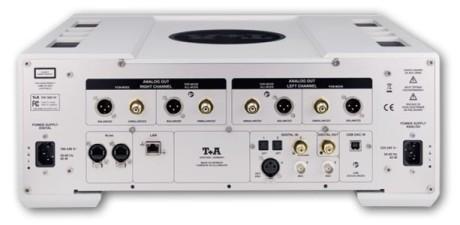 Sju digitale innganger skulle holde! Både balansert RCA og ubalansert XLR analogutganger er også på plass.