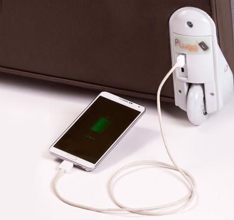 Plugg-ChargingPhone