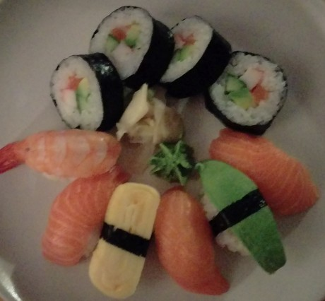 HTC-One-M9-sushi-dark-crop[1]