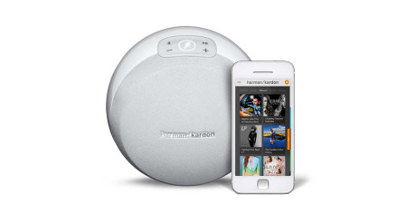 Harman-Kardon-Omni-10-White-Front-View-w-Phone