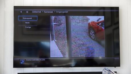 Se videostrømmen fra overvåkningskameraene direkte i appen.
