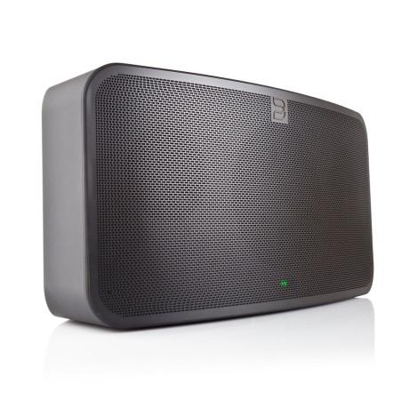 Ønsker du en mer kompakt høyttaler? Prøv PULSE Mini. Foto: Bluesound