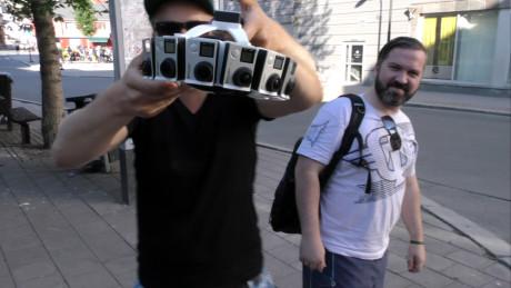 Vi fikk låne ADAPA Trinos 360-graders kamerarigg til å filme rockekonsert med Rammsund. Foto: Geir Gråbein Nordby