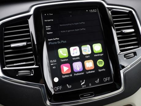 Standard CarPlay layout med åtte ikoner. Foto: Lasse Svendsen