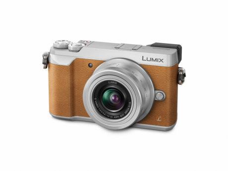 Lumix Gx80 kan leveres i sort, sort/sølv, eller brunt/sølv, fra 6.000 kr. (Foto: Produsenten)