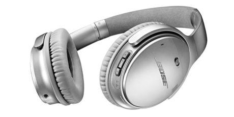 QuietComfort 35 er en trådløs versjon av klassikeren QuietComfort 25. Her i sølvfarge. Foto: Bose