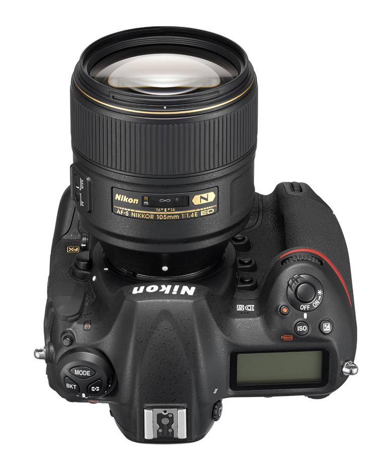 (Foto: Produsenten) 105mm f1.4 på det fenomenale Nikon D5.