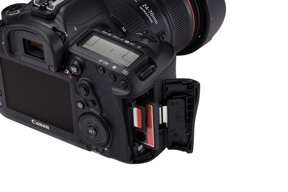 (Foto: Produsenten) Kortspalter for SD- og CF-kort, men ikke de raskere CFast-kortene.