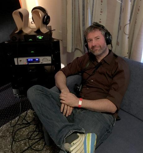 Der hvor andre konkurrerte om å lage mest lyd, spilte Multirom utelukkende på hodetelefoner. Om Focal Utopia til 40.000 kroner låt bra? Gjett om! Foto: Sylvia Nordby