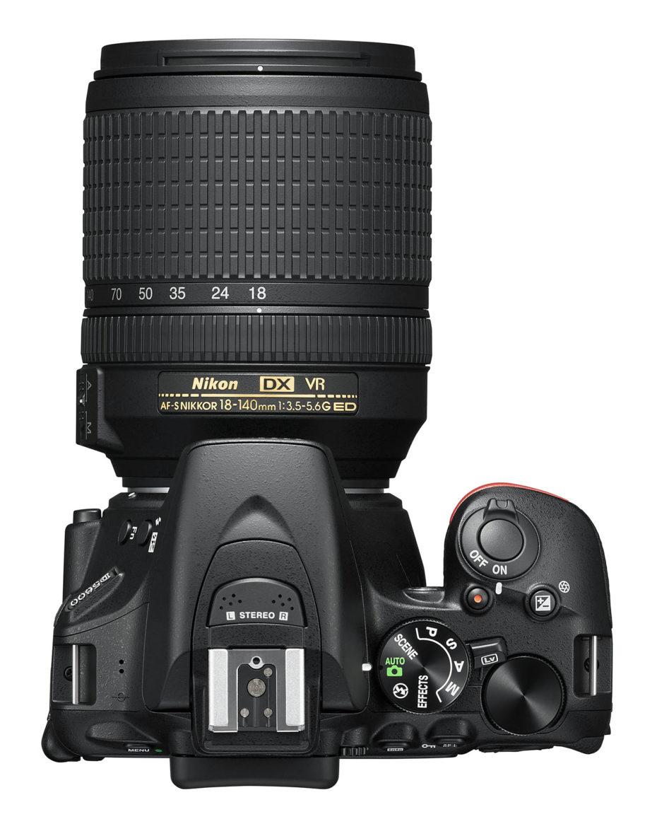 (Foto: Produsenten) D5600 + 18-140mm VR 11.490