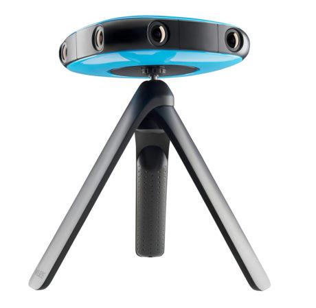 Doble objektiver hele veien rundt gir 360-video i ekte 3D. Foto: Vuze