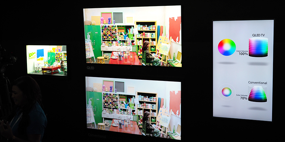 Fargerommet på Samsungs QLED (over) er vesentlig større enn på OLED (under). Foto: Geir Gråbein Nordby